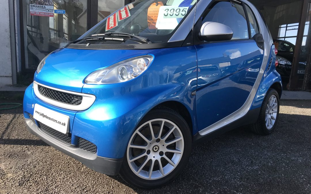 2009 (09) Smart fortwo 1.0 (84bhp) Semi-A Passion *1 Lady Owner, £30 Tax, Full Histor – £3,995 Finance From £94.53 a month/£21.82 a Week