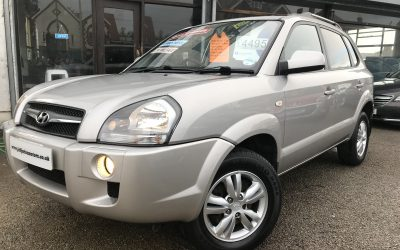 2010 (59) Hyundai Tucson 2.0CRTD (2WD) Style *1 Owner from new, 2 Keys* – £4,495 Or finance from £109.20 a Month/ £25.20