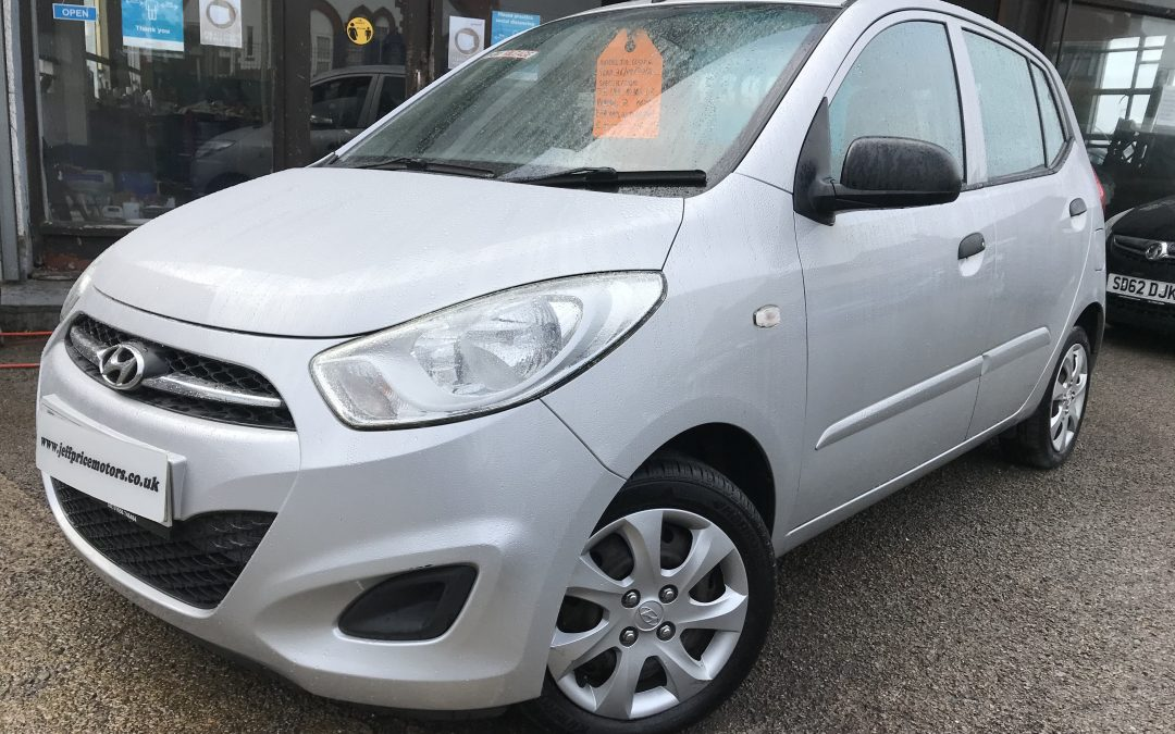 2012 (62) Hyundai I10 Classic 1.2 * Hyundai + 1 Owner, 2 Keys, £20 Tax, Up To 68 MPG, Low Insurance* – £3,995 Or Finance from just £90.18 a month