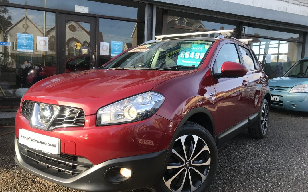 2012 (12) Nissan Qashqai NTEC + DCI *2 Keys, Glass Roof, NAV, Reverse Camera, 6 Speed* – £6,495 or Finance from just £151.85 a Month